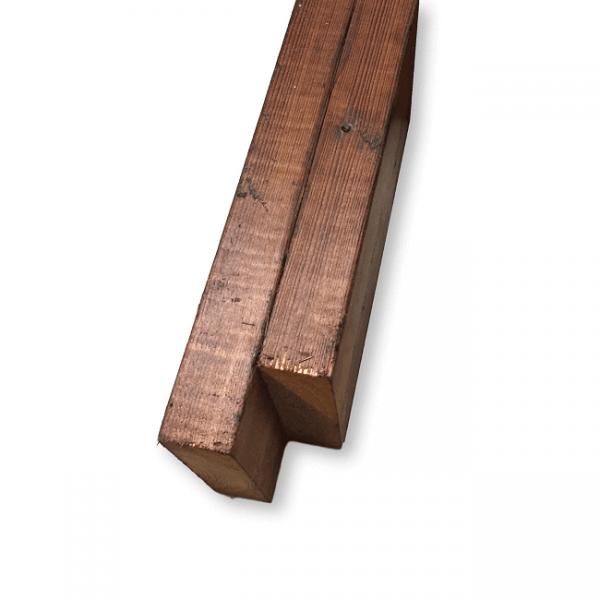 poutre de balcon en bois traité
